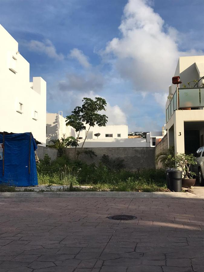 Foto Terreno en Venta en  Residencial Cumbres,  Cancún  cumbres