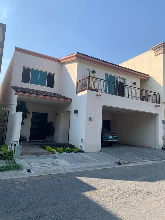 Foto Casa en Venta en  La Rioja Privada Residencial 1era. Etapa,  Monterrey  casa venta rioja oportunidad