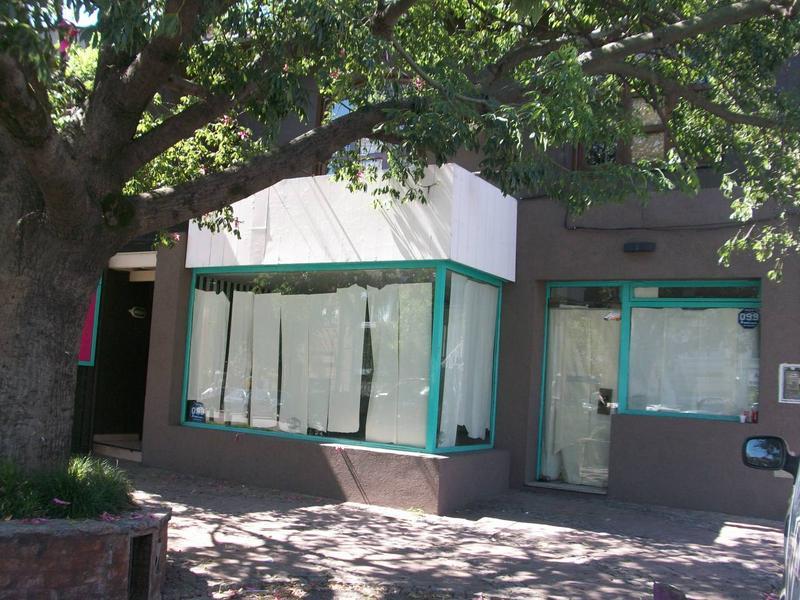 Oficina en Venta en Las Lomas-Hipod./Panam. de 6 ambientes