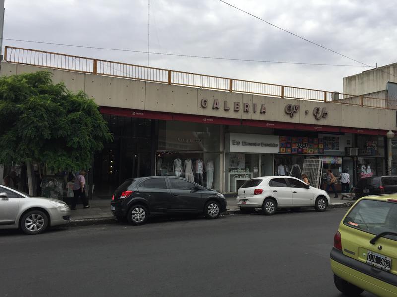 Foto Local en Venta | Alquiler en  Lomas De Zamora,  Lomas De Zamora  España esquina Gorriti