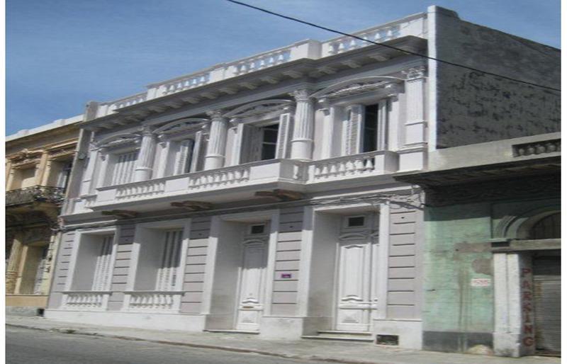 Foto Edificio Comercial en Venta |  en  Ciudad Vieja ,  Montevideo  Juan Carlos Gomez 1533