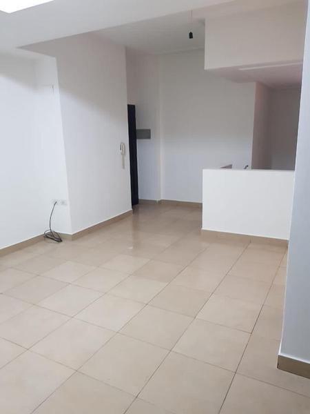 Foto Departamento en Venta en  San Miguel De Tucumán,  Capital  Alberdi al 600