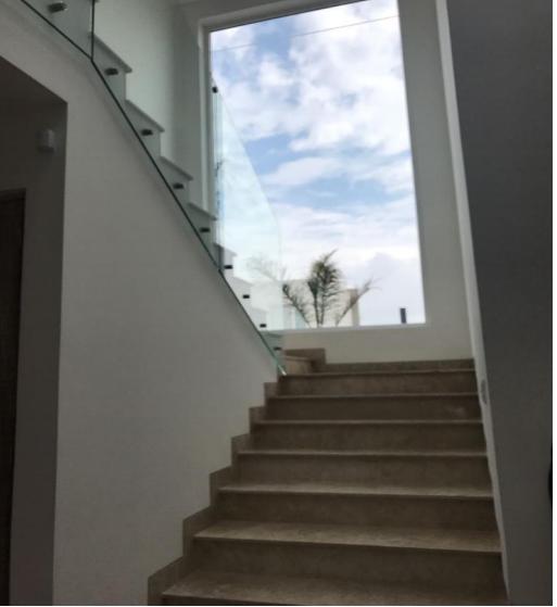 Foto Casa en condominio en Venta en  Llano Grande,  Metepec  HERMOSA RESIDENCIA SEMINUEVA EN VENTA  HACIENDA SAN ANTONIO METEPEC