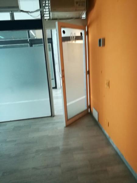 Foto Oficina en Venta | Alquiler en  Capital ,  Neuquen  LOCAL AV ARGENTINA al 200