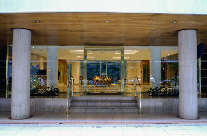 Foto Departamento en Alquiler en  Recoleta ,  Capital Federal  Av. quintana 100