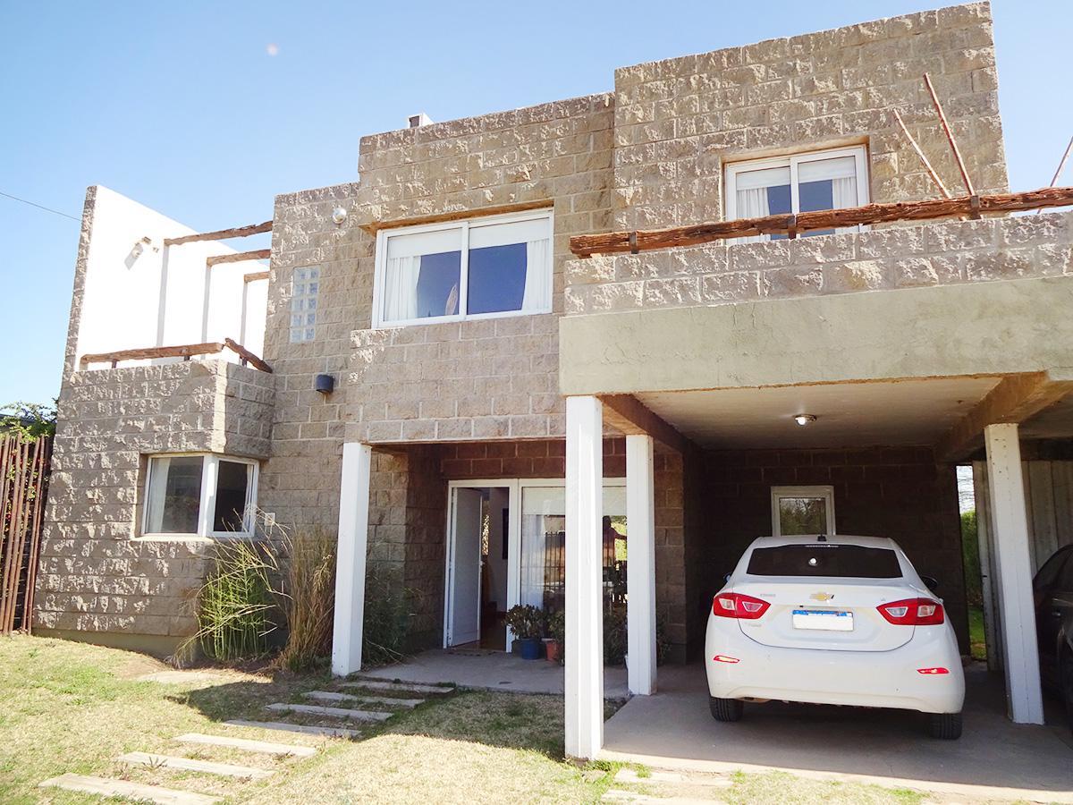 Foto Casa en Venta en  General Pico,  Maraco  Calle 12 N° 1385 e/ 123 y 129