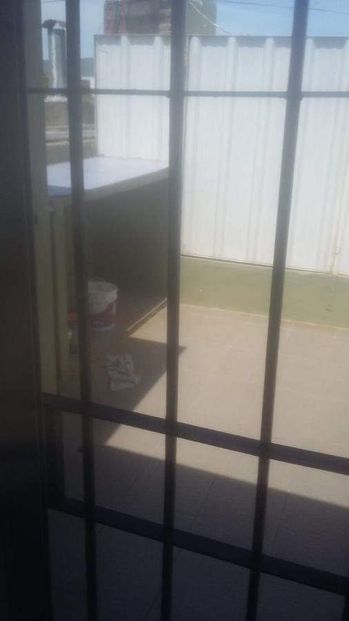 Foto Departamento en Alquiler en  La Plata ,  G.B.A. Zona Sur  7 y 98
