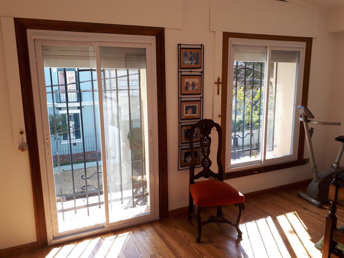 Foto Casa en Venta en  Mart.-Vias/Santa Fe,  Martinez  Repetto al 200