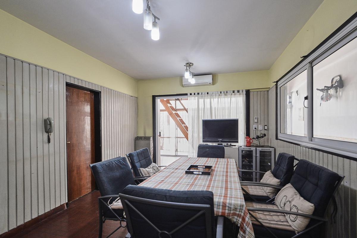 Foto Casa en Venta en  Villa Saenz Peña,  Tres De Febrero  Gomez Ansa 3134
