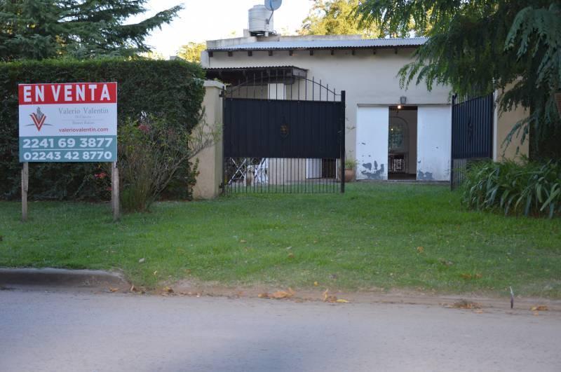 Foto Casa en Venta en  General Belgrano,  General Belgrano  Calle 29 entre 4 y 6 al 100
