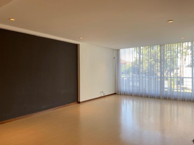 Foto Departamento en Venta   Renta en  Bello Horizonte,  Escazu  Bellohorizonte de Escazú/ Amplio/ 3 habitaciones/ Piscina
