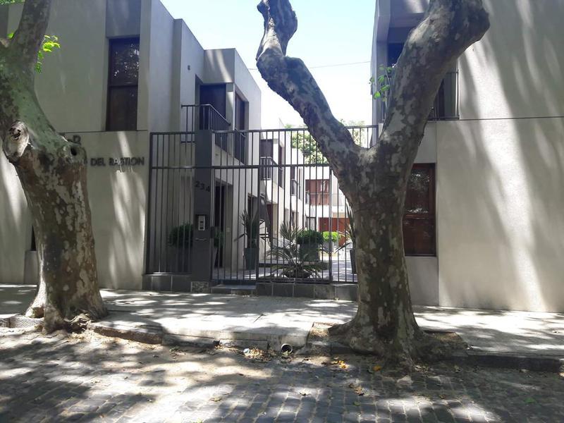 Foto Departamento en Venta en  Colonia del Sacramento ,  Colonia  2 dorm. amoblado en Barrio Historico-uni 08