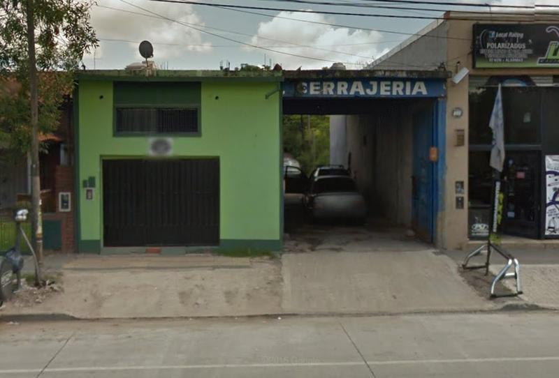 Foto Local en Alquiler en  Moreno,  Moreno  Local con losa - Victorica al 200 - Lado norte
