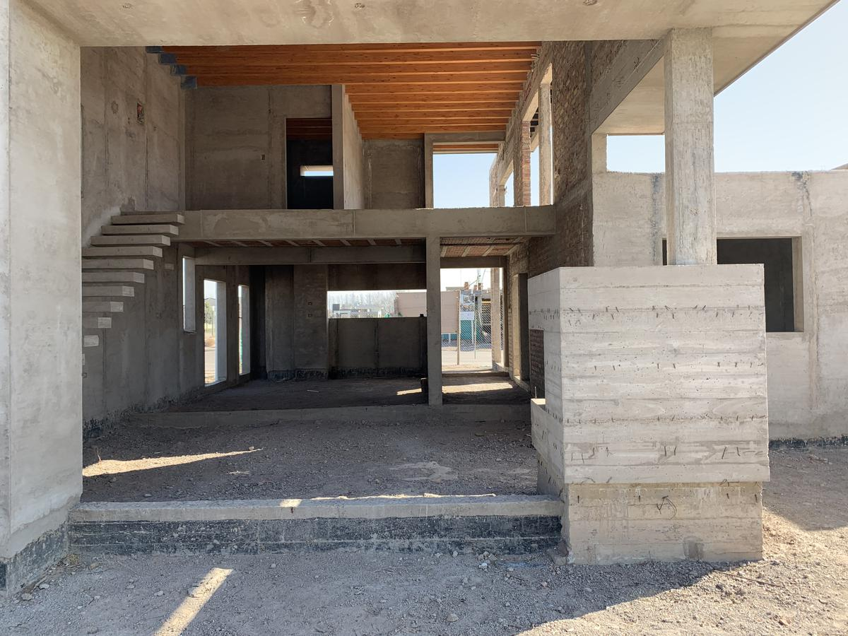 Foto Casa en Venta en  San Martin ,  Mendoza  La Carmelina Club de Campo