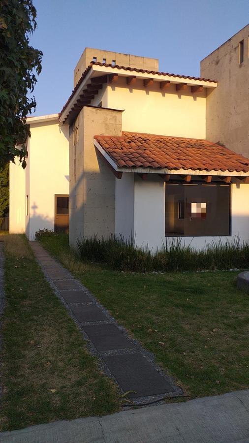 Foto Casa en condominio en Venta en  Loma Real,  Metepec  Loma Real