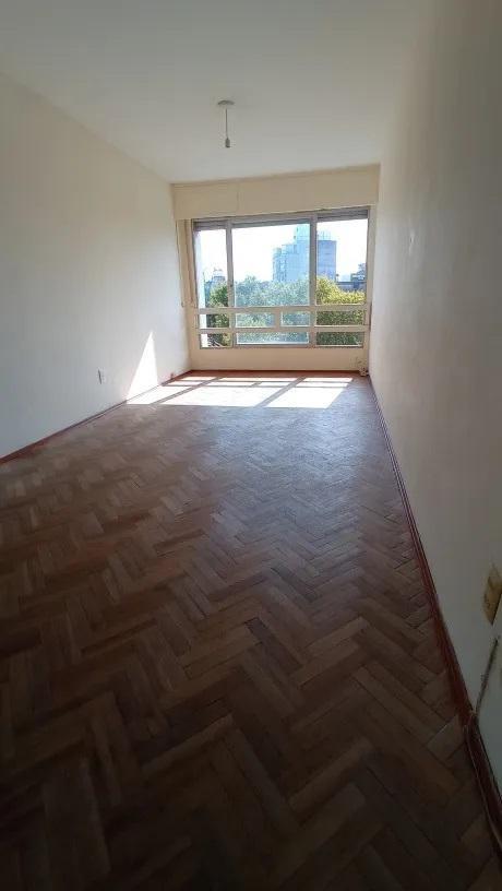 Foto Apartamento en Alquiler en  Cordón ,  Montevideo  Constituyente - 2 dorm - piso 6