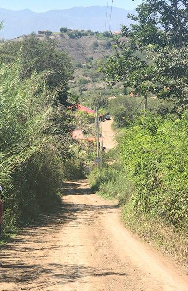 Foto Terreno en Venta en  Sur de Cuenca,  Cuenca  Malapamba, a 2 Km. de la Unión - Yunguilla