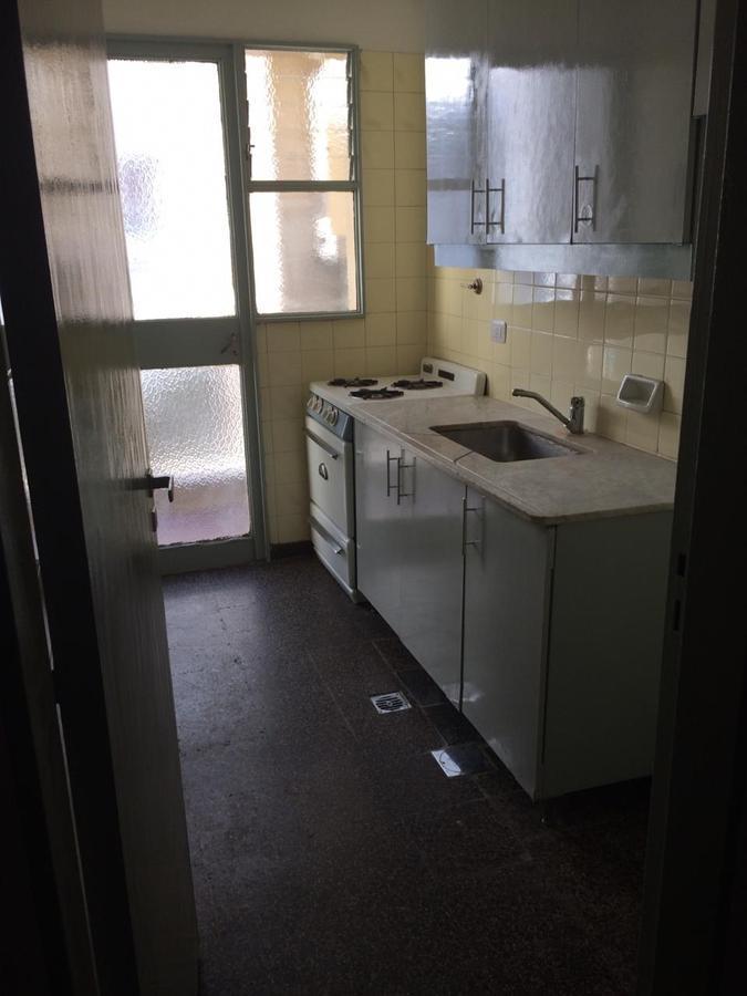 Foto Departamento en Alquiler en  Balvanera ,  Capital Federal  Bartolome Mitre al 2400
