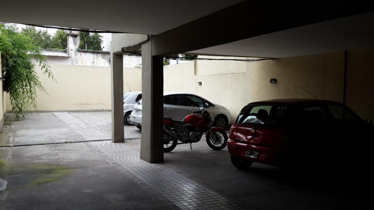 Foto Cochera en Venta | Alquiler en  San Fernando ,  G.B.A. Zona Norte  Madero 1400