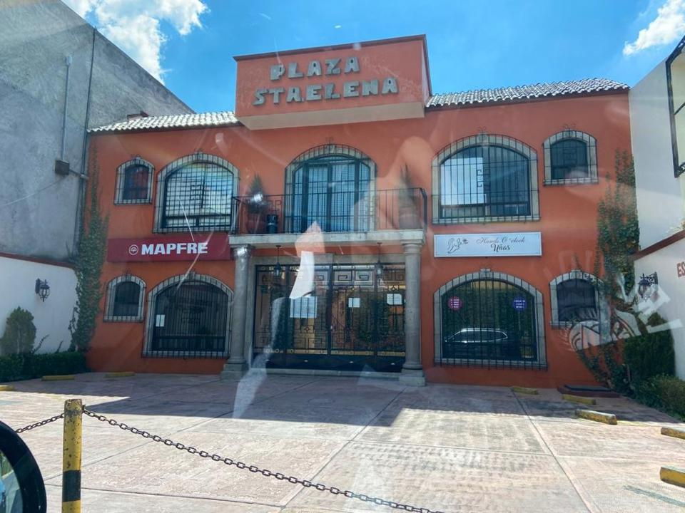 Foto Local en Renta en  Metepec ,  Edo. de México  Renta de local en plaza comercial  Santa Elena en Metepec