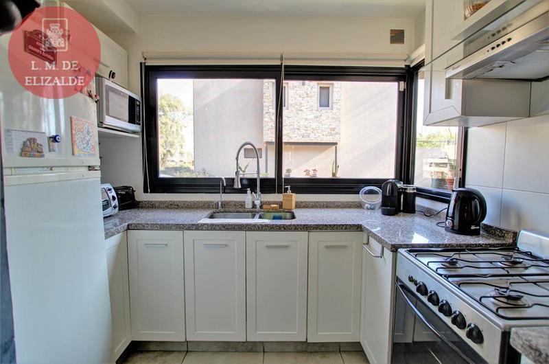 Foto Casa en Venta en  Tigre ,  G.B.A. Zona Norte  Rivadavia 700