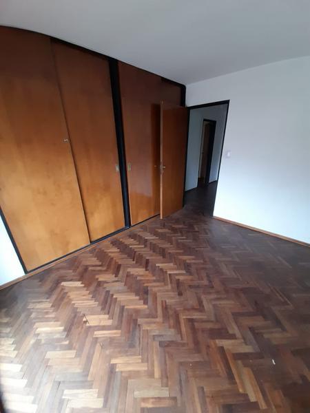 Foto Departamento en Alquiler en  Nueva Cordoba,  Capital  Bv. illia esquina Bs As - Tres dormitorios!