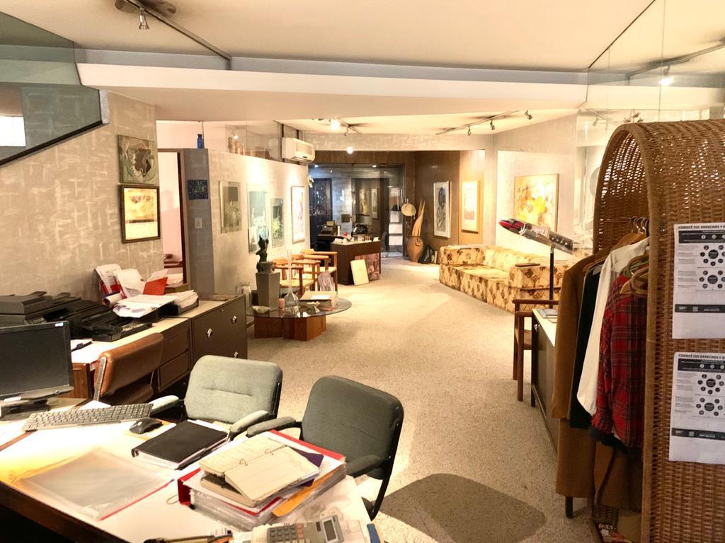 Foto Oficina en Alquiler en  Barrio Norte ,  Capital Federal  URUGUAY al 1000