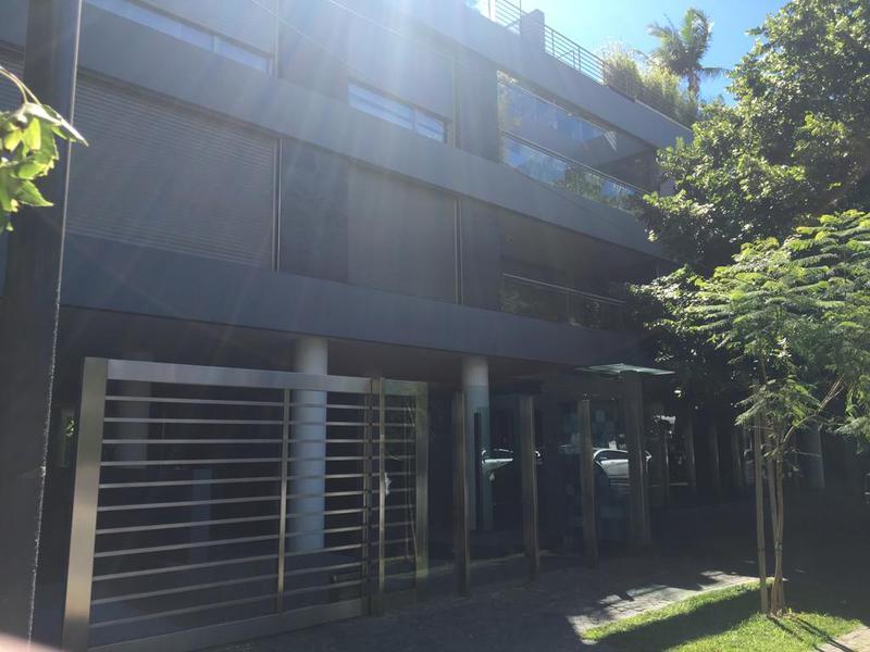 Foto Departamento en Alquiler en  Belgrano R,  Belgrano  Conde al 1600