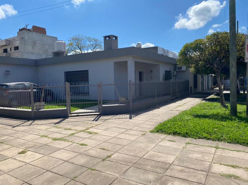 Foto Casa en Venta en  Esc.-Centro,  Belen De Escobar  Los Lazaristas y Mitre