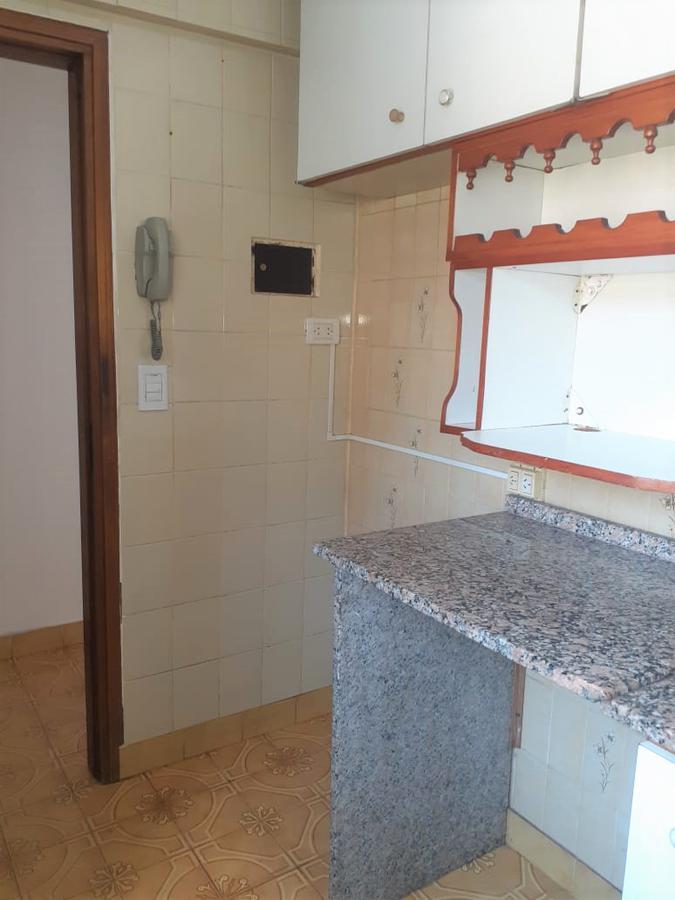 Foto Departamento en Alquiler en  Centro,  Rosario  Montevideo 669 05-02