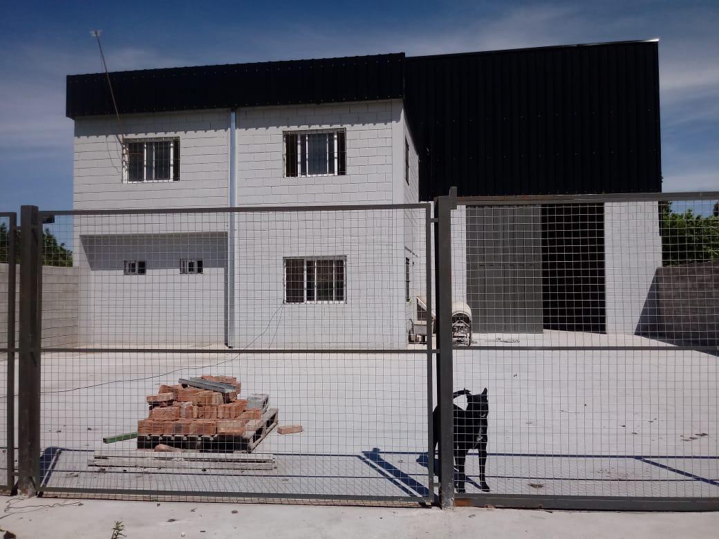 Foto Depósito en Venta | Alquiler en  Moreno ,  G.B.A. Zona Oeste  Ruta 24 e/ Carola Lorenzini y Rembrandt