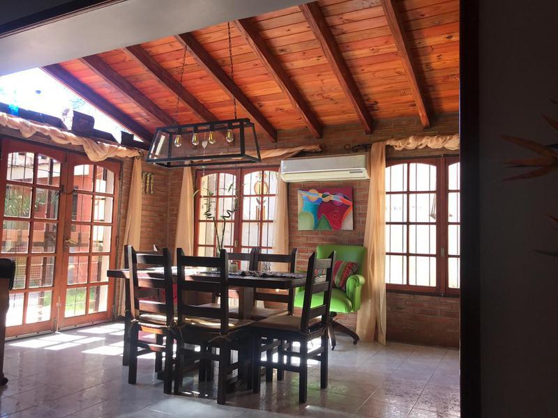 Foto Casa en Venta en  Villa Cabrera,  Cordoba  Alto Verde - Villa Cabrera
