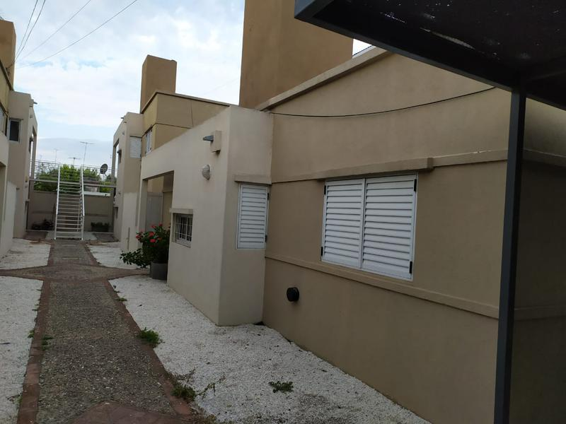 Foto Departamento en Alquiler en  Alta Gracia,  Santa Maria  La Plata al al 700
