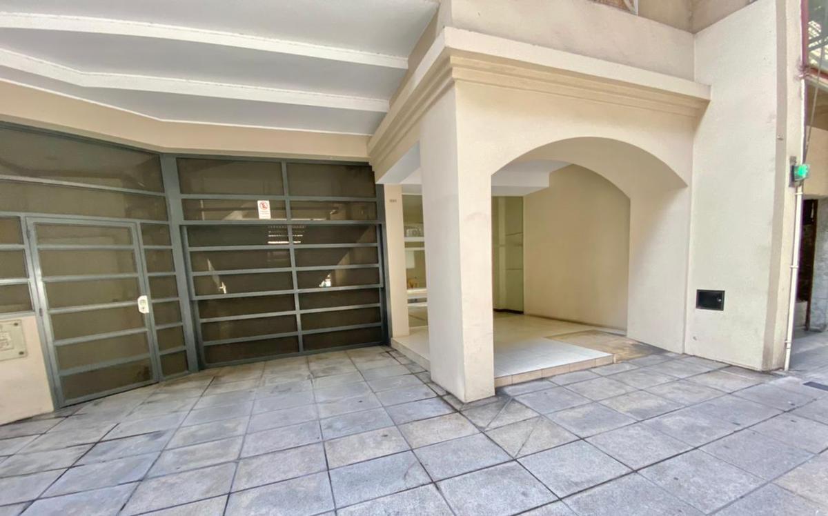 Foto Departamento en Venta en  Recoleta ,  Capital Federal  URIBURU al 1200
