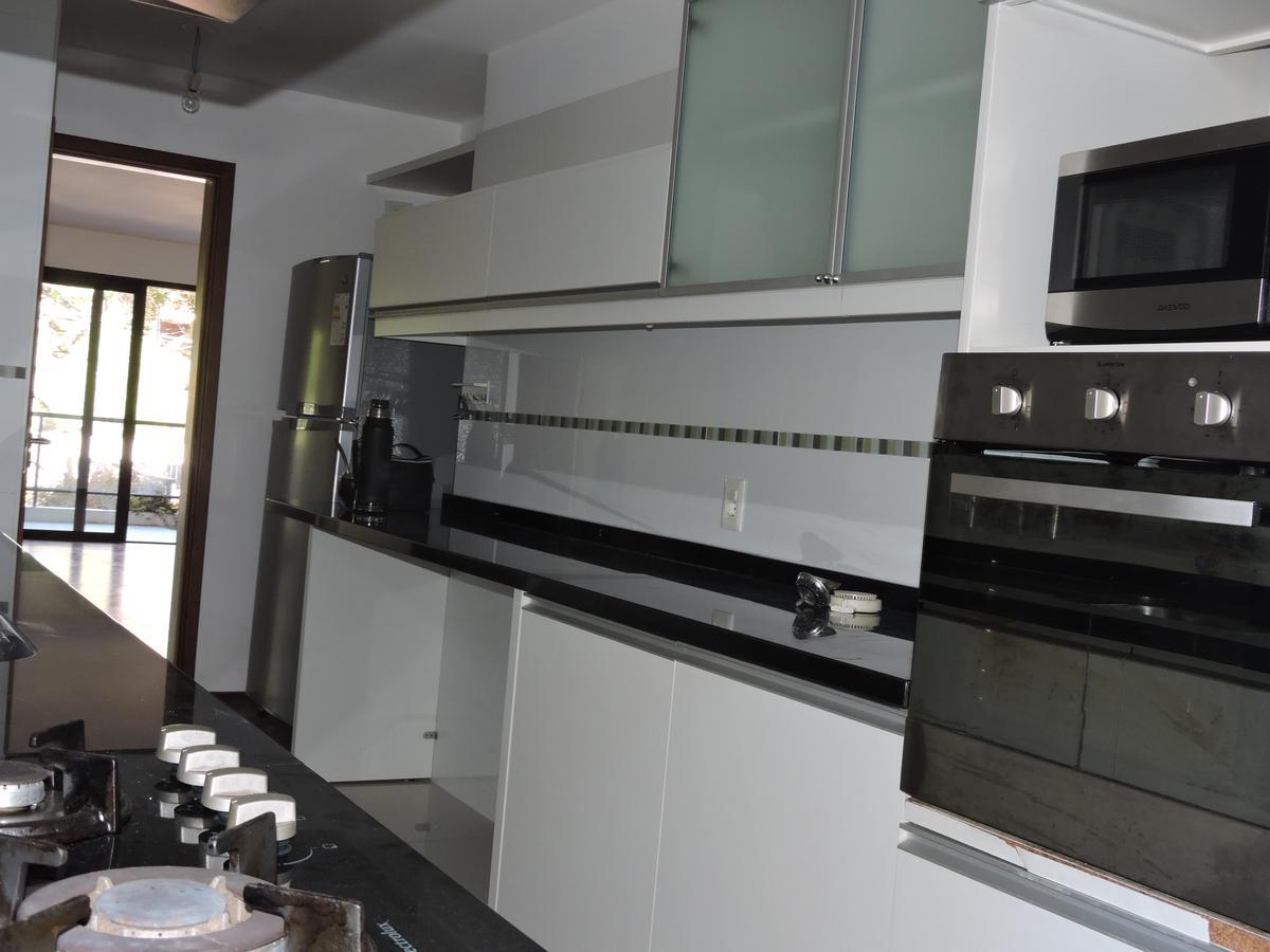 Foto Apartamento en Venta | Alquiler en  Carrasco ,  Montevideo  Excepcional Apartamento - Cesar Cortinas - 3 Dorm - Parrillero