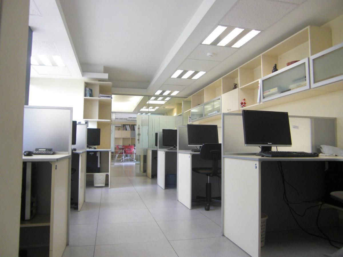 Foto Oficina en Venta en  Santiago de Surco,  Lima  CALLE ALDABAS 5XX OF 301