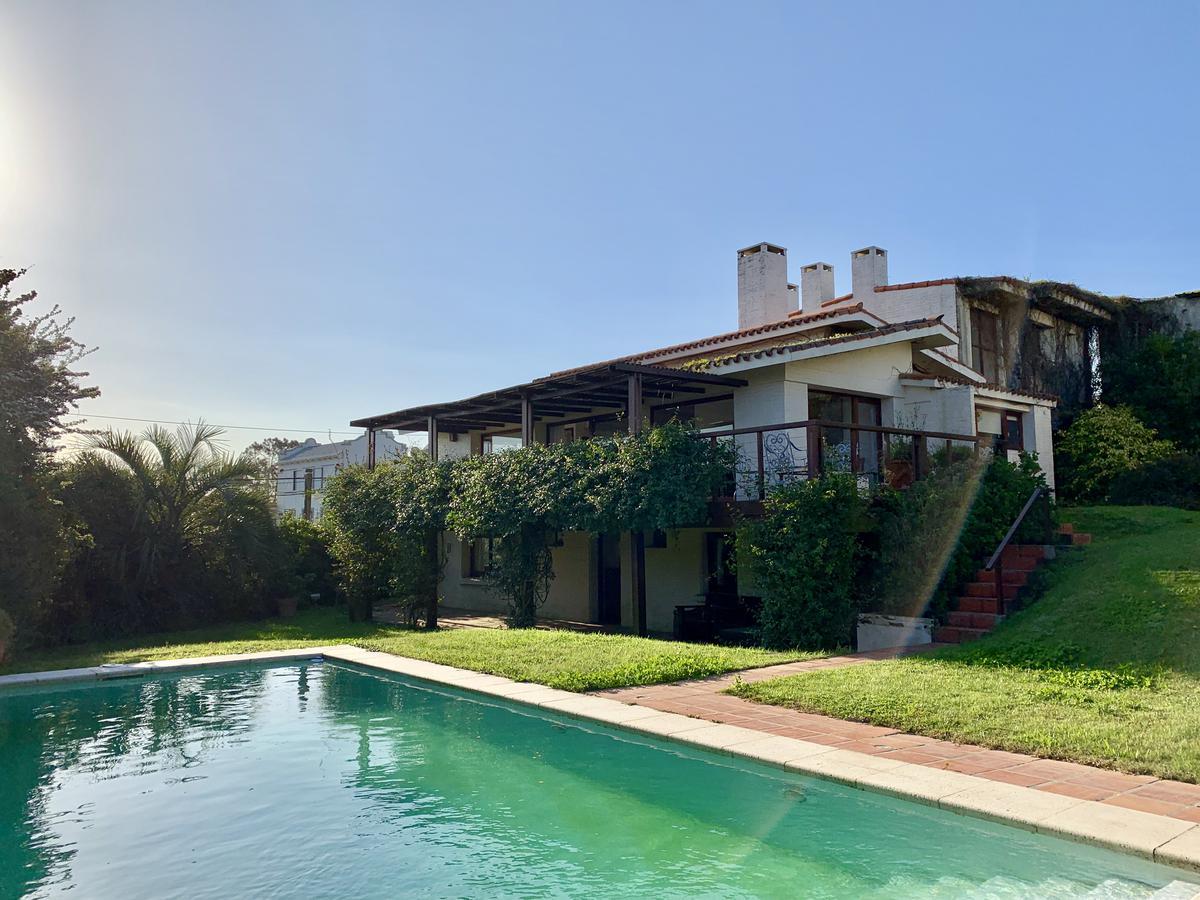 Foto Casa en Alquiler temporario en  La Barra ,  Maldonado  DUENDE AZUL