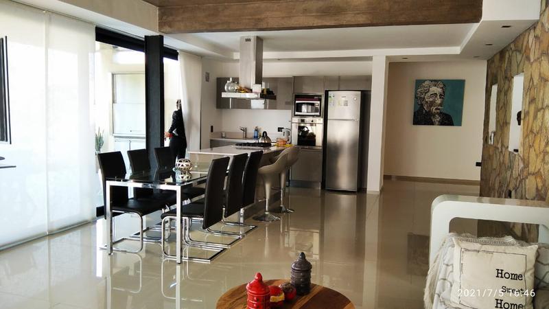 Foto Casa en Venta en  Yerba Buena ,  Tucumán  Country los Azahares