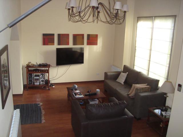 Foto Casa en Alquiler temporario en  Stella Maris,  Mar Del Plata  Castelli 879 - Stella Maris - Mar del Plata