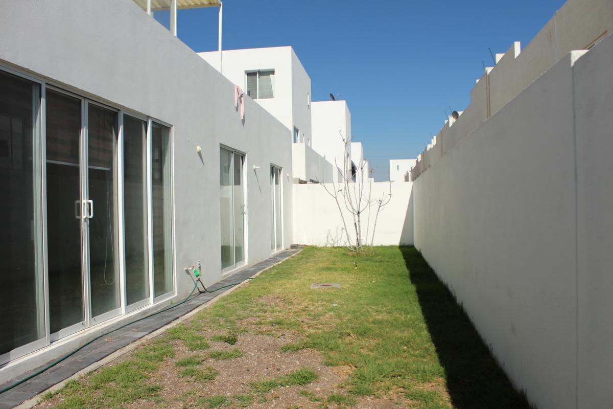 Foto Casa en Venta en  Fraccionamiento El Mirador,  El Marqués  CASA EN VENTA FRACCIONAMIENTO EL MIRADOR, QUERETARO