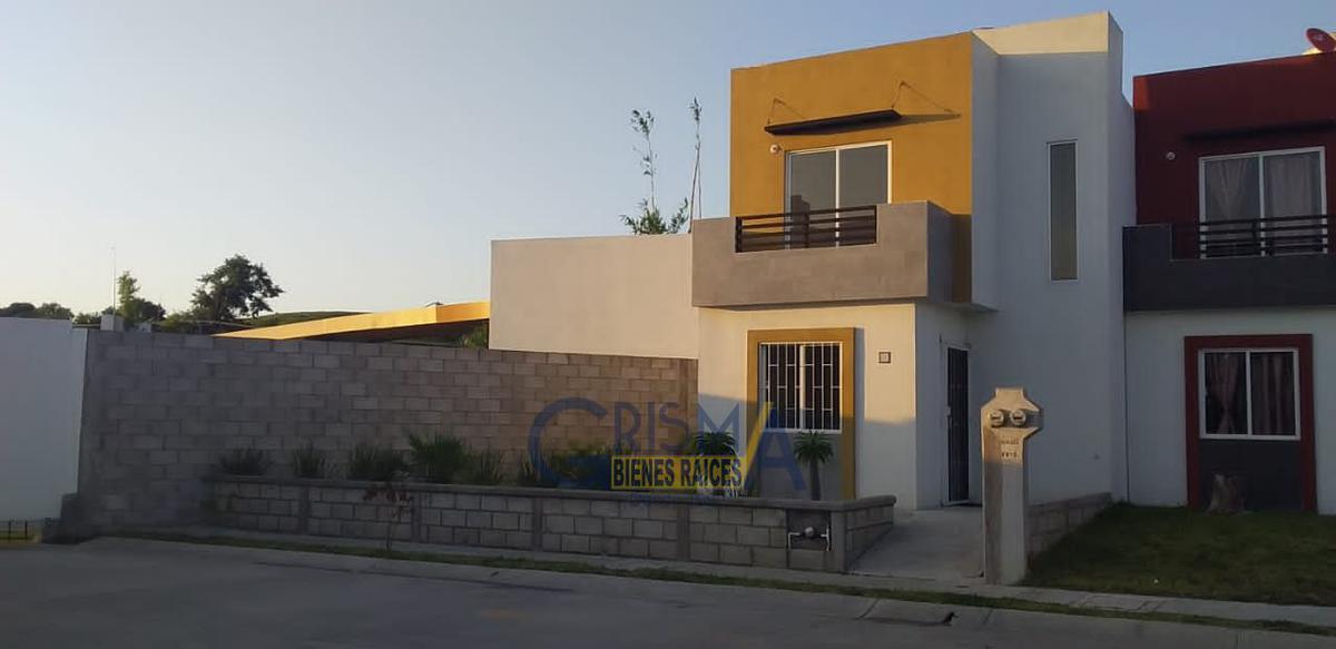 Foto Casa en Renta en  Universitaria,  Tuxpan  CASA NUEVA EN VALLE ALTO