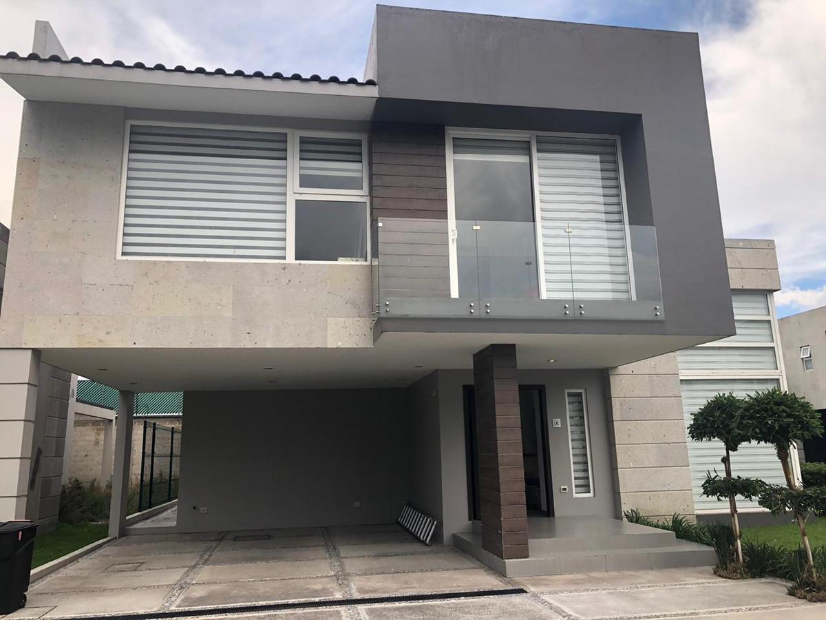 Foto Casa en condominio en Venta en  Metepec ,  Edo. de México  Casa NUEVA en Venta Cerca de Providencia, Metepec