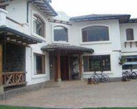 Foto Casa en Venta en  Tumbaco,  Quito  TUMBACO VENTA CASA ESTILO RUSTICO, 4 HABITACIONES, 2500M2
