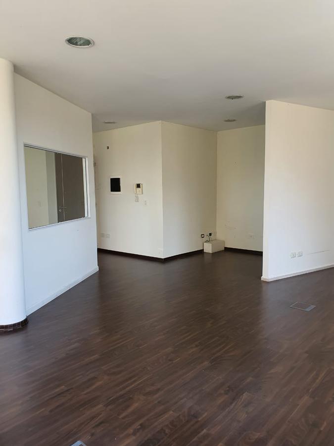 Foto Oficina en Alquiler en  Ciudad De Tigre,  Tigre  Mitre y Vicanco