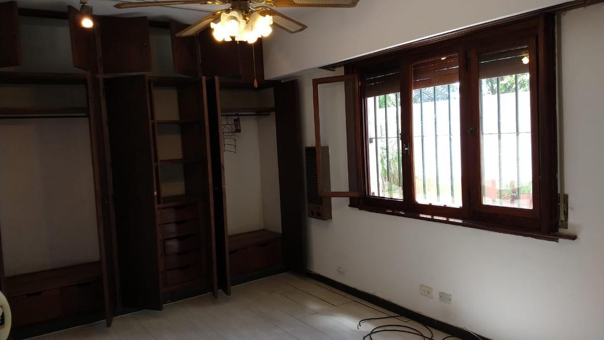 Foto Casa en Alquiler | Venta en  Mart.-Fleming/Panam.,  Martinez  Yapeyú 2050