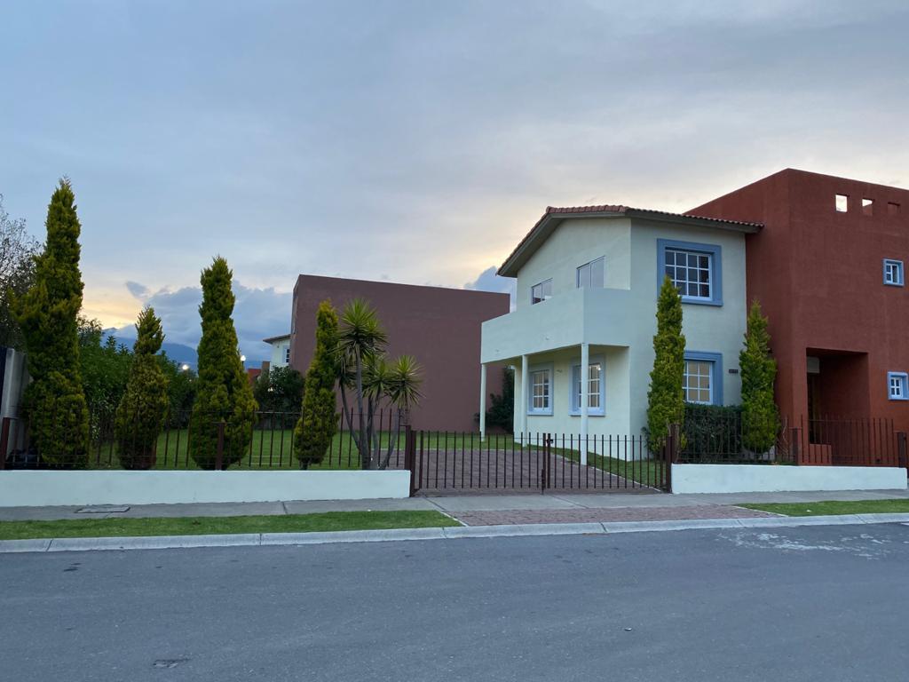Foto Casa en Venta en  Villas del Campo,  Calimaya  Casa En Venta 3 recamaras, Villas del Campo, Calimaya
