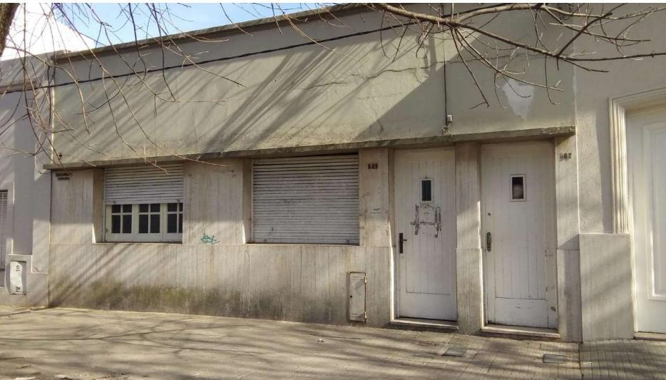 Foto Casa en Venta en  La Plata ,  G.B.A. Zona Sur  37 6 y 7