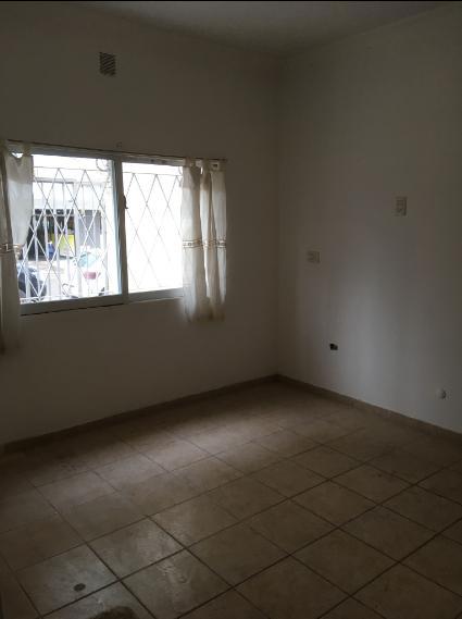 Foto Oficina en Alquiler en  Capital ,  Neuquen  Cordoba al 490