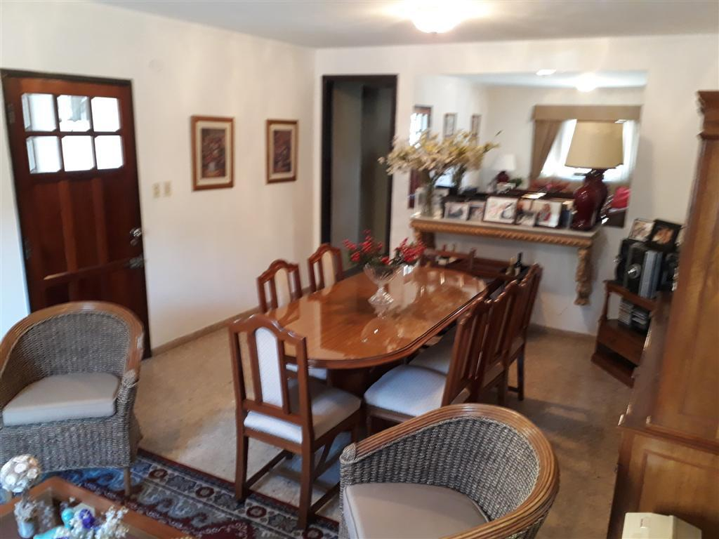 Foto Casa en Venta en  La Plata ,  G.B.A. Zona Sur  17 entre 32 y 33
