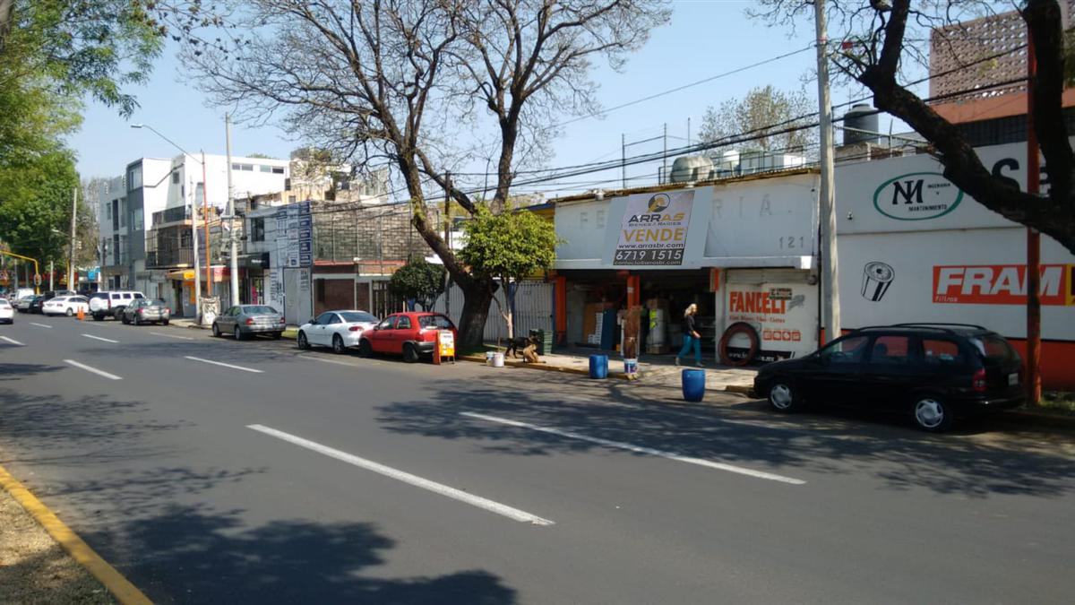 Foto Casa en Venta en  Jacarandas,  Tlalnepantla de Baz  Vía Adolfo López Mateos 121